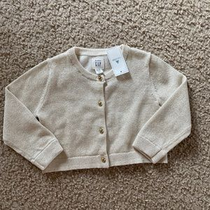 NWT Gap baby girl 12-18 months sweater